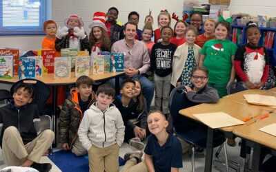 Waggoner participates in Read Across America Day